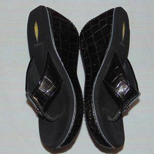Volatile Women's Chrome Black Sandals size 9